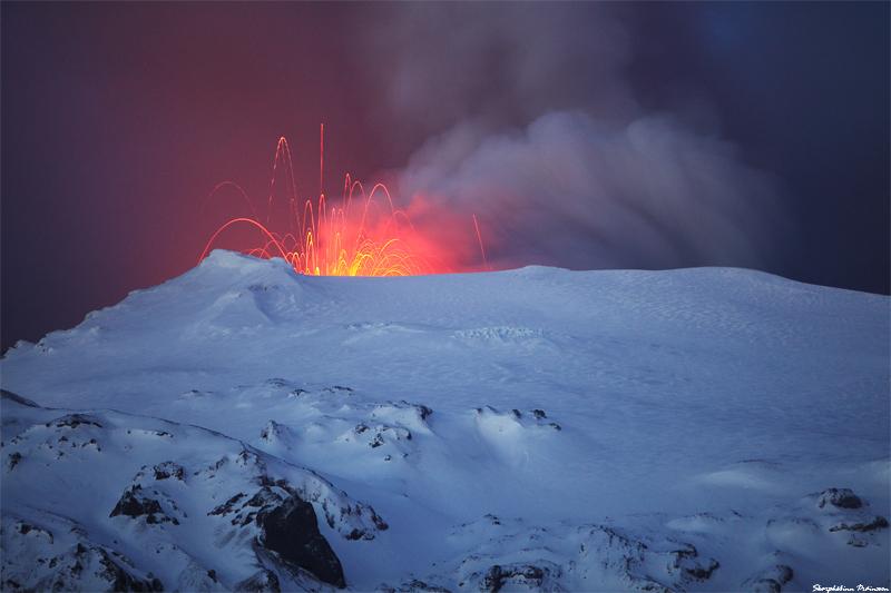 eyjafjallajokull-sparkling_lava